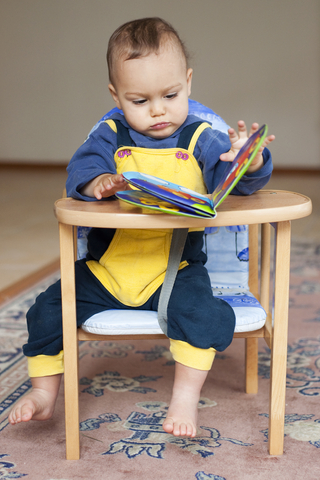 [Image: child_concentrating.jpg]